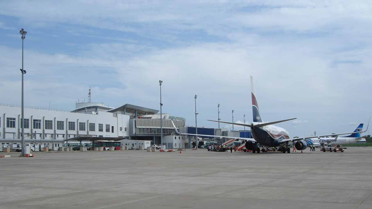 foreign-airlines-to-lagos-abuja-airports-may-be-restricted