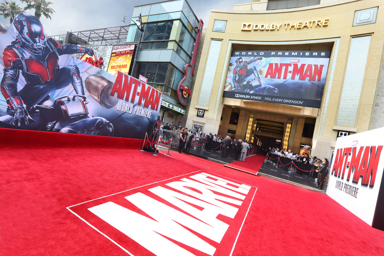 u-s-movie-theatres-to-lift-curtains-despite-hurdles