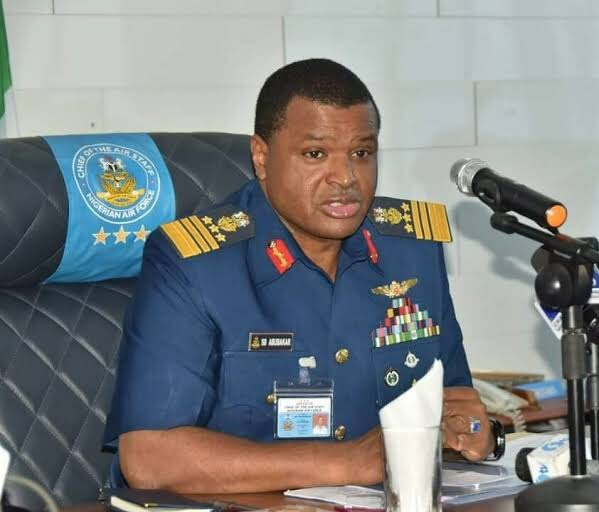 nigerian-air-force-trains-200-personnel-abroad